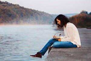 Lutter contre solitude ecrire journal intime repos